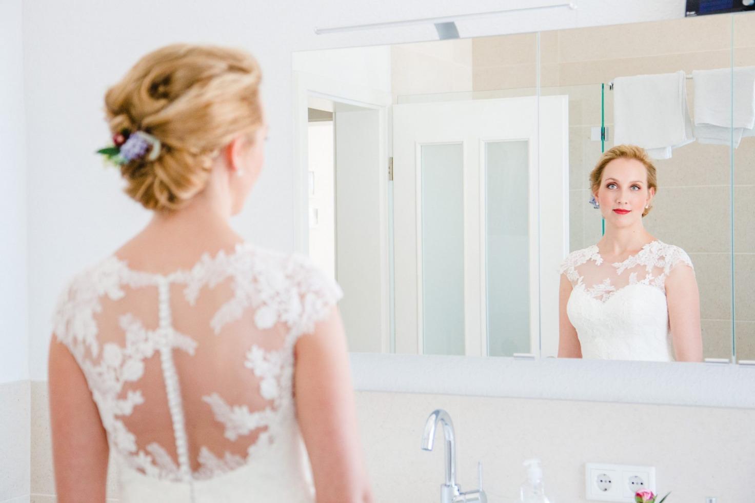Hochzeit von Tine und Basti in Münster: Braut