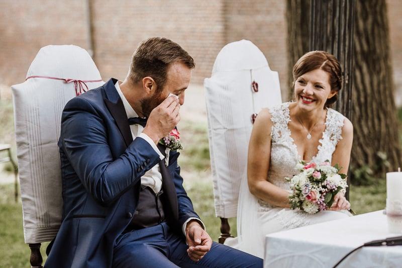 Hochzeit von Ella und Christian in Münster: Bräutigam weint