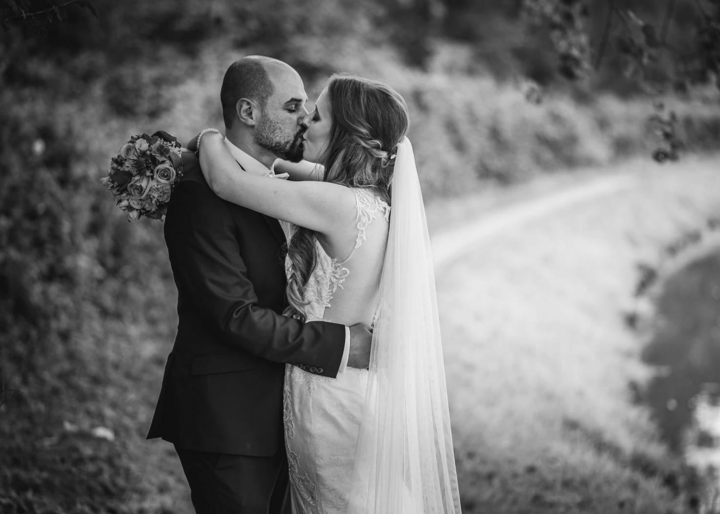 Hochzeitsfotograf Münster - Paarshooting Schwarz Weiss