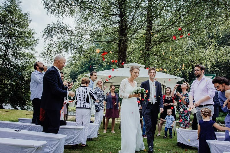 Hochzeitsfotograf Münster - Seifenblasen Hochzeit